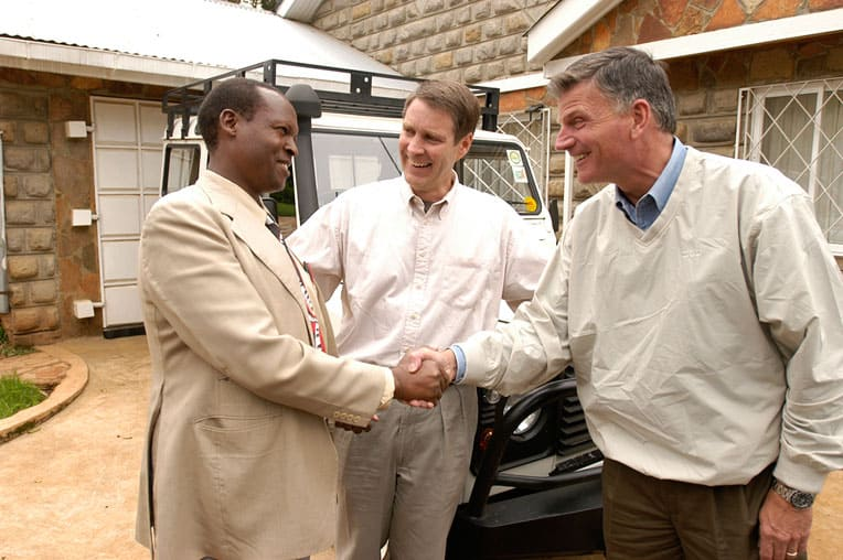 In 2003, Franklin Graham presented David Kilel, left, with a vehicle to use in his chaplaincy ministry.