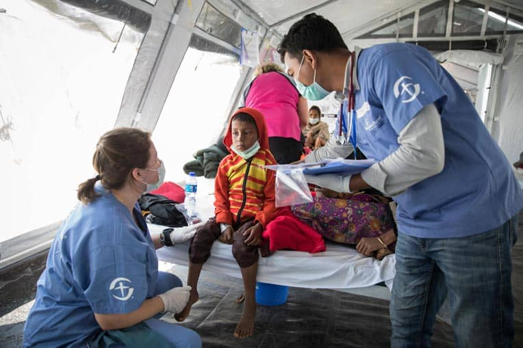Samaritan's Purse Disaster Assistance Response Team members are helping Rohingya refugees at our Diphtheria Treatment Center in Bangladesh.