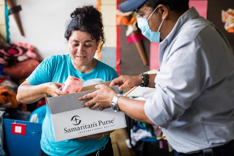 "After receiving a Samaritan's Purse hygiene kit, Gloria said, ""It makes me very happy. There's toilet paper, soap, gel, towels, and toothbrushes. It's very good."""