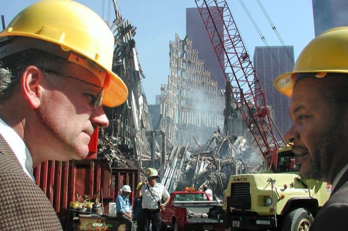 Franklin Graham and New York City deputy mayor Rudy Washington at Ground Zero.