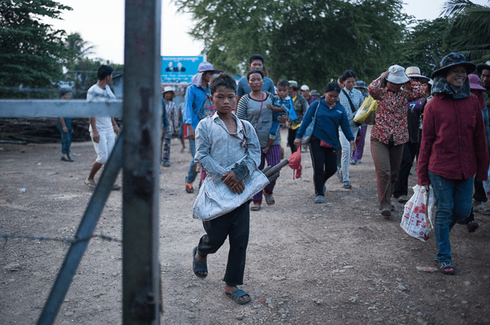 Cambodians who struggle to find work in their villages may migrate to Thailand in search of work. They often cross the border early in the day and return late at night.