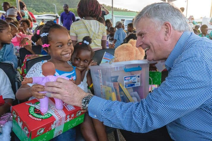 Franklin Graham and family distribute shoebox gifts in Antigua