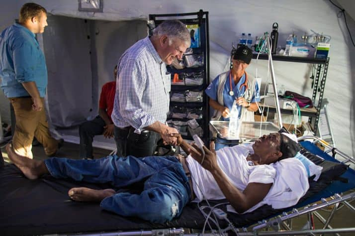 Franklin Graham travels to Emergency Field Hospital in the Bahamas