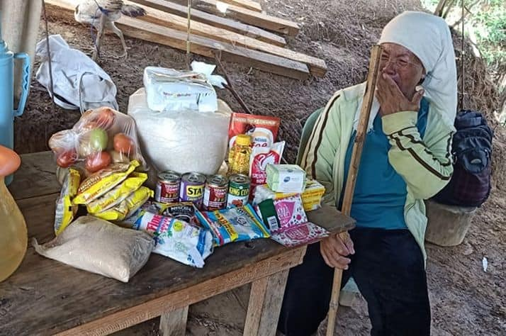 Samaritan's Purse partnered with a local church on Luzon to identify people in Fely's village in need of food. They brought Fely a two-week supply of rice, canned goods, fruit, and other food staples. Her tears flowed as she received the gift.