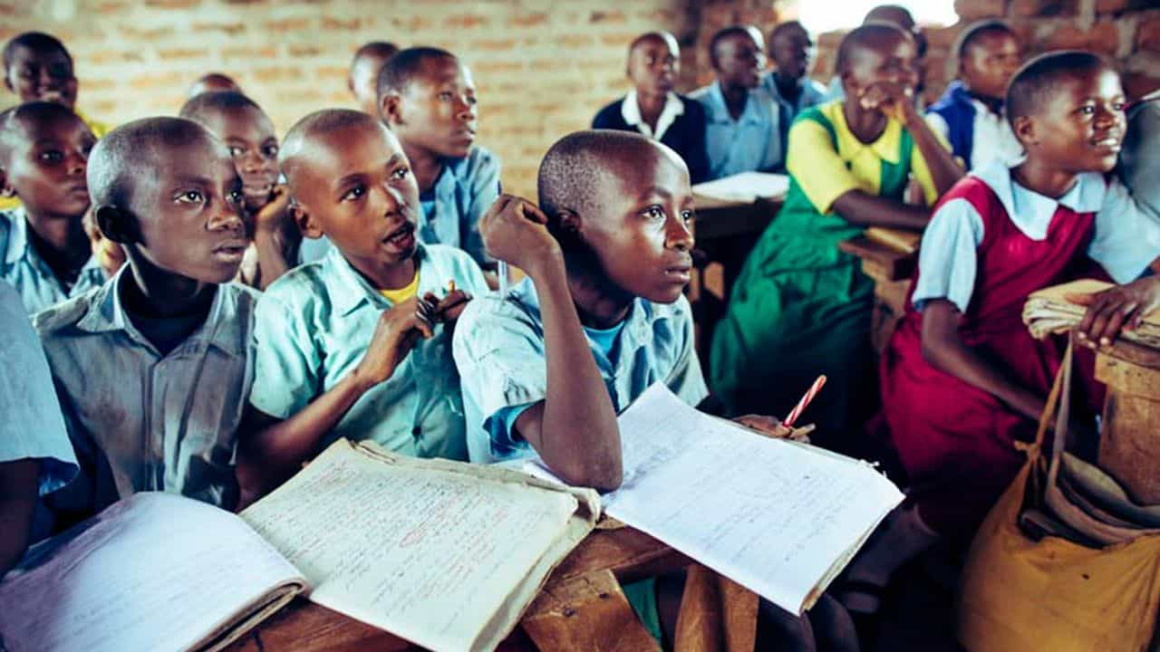 Students at Makuuni Primary School are eager to learn.