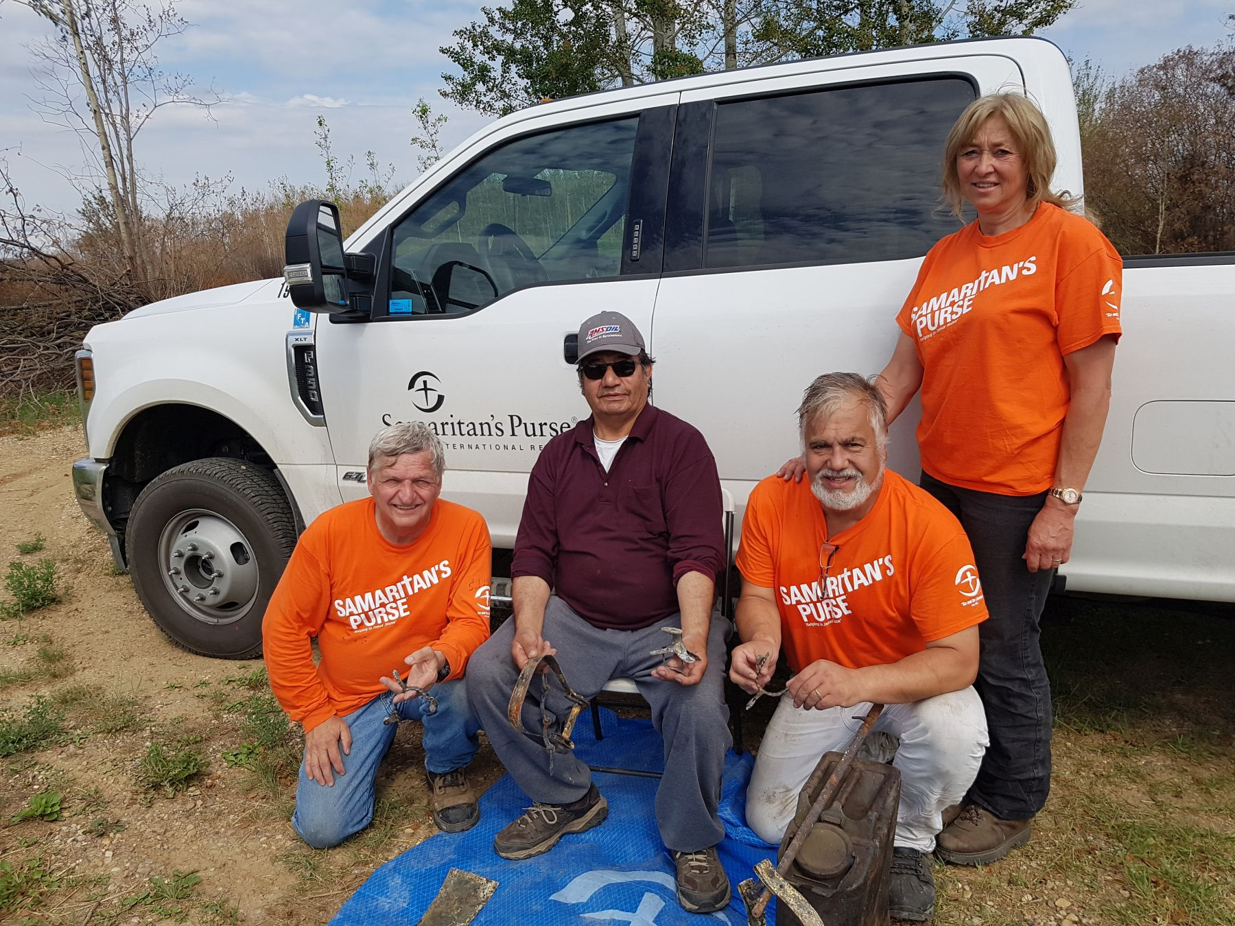 Samaritan's Purse's trained sifting crews helped wildfire victims recover precious belongings from the ashes, and also cleaned up and removed debris.