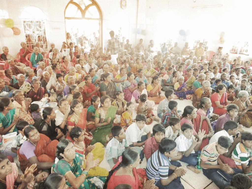 Evangelistic outreach to 3,000 children.